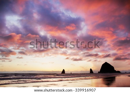 Sunset at Haystack Rock and the Needles, Cannon Beach, Oregon, USA