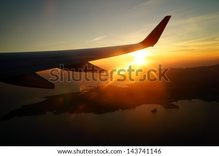 Sunset from the plane / Sunset