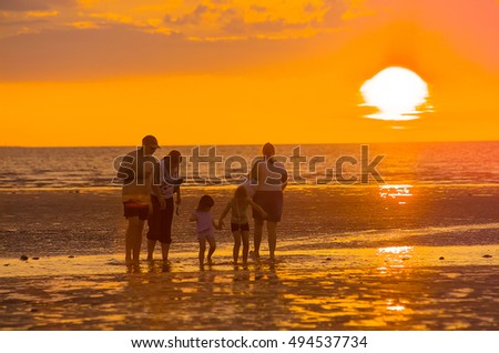 Sunset over Mindil Beach Darwin, Northern Territory, Australia