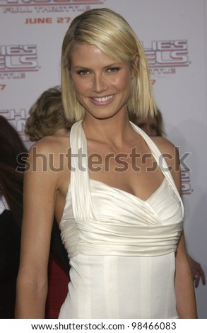 Supermodel HEIDI KLUM at the Hollywood premiere of Charlie's Angels: Full Throttle. June 18, 2003  Paul Smith / Featureflash
