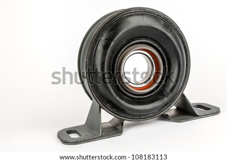 support the drive shaft of rear wheels drive car