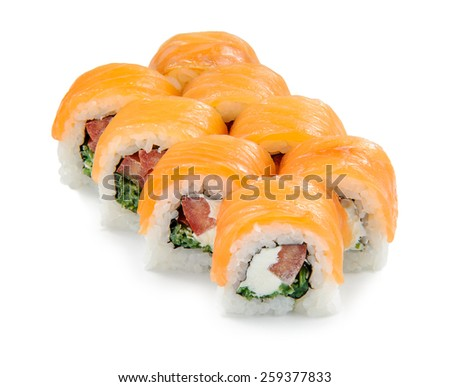 Sushi Roll with smoked salmon, tomato and seaweed