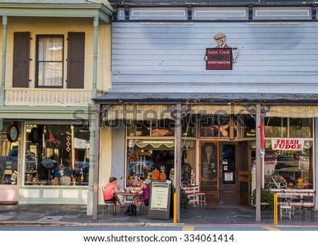 SUTTER CREEK, CA, USA - OCTOBER 14: People eating an ice cream at het Sutter Creek Ice Cream Emporium on October 14, 2015 in Sutter Creek