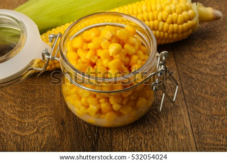 Sweet canned corn in the bowl