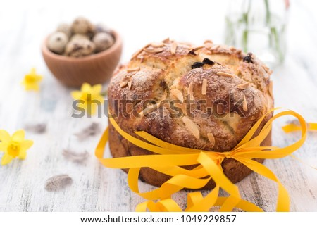 Sweet Easter Bread with flowers