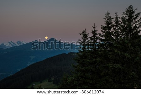 Swiss beauty, moonset above Grindelwald