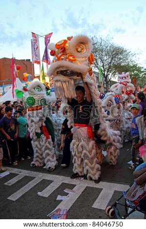 SYDNEY, AUSTRALIA - SEPTEMBER 4 : Lion Dance perform at the Cabramatta Moon Festival on September 4, 2011 in Sydney, Australia. Cabramatta Moon Festival is an annual festival in Cabramatta suburb.