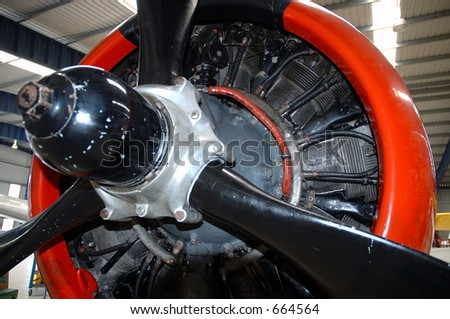 T28 Trojan Engine & Propeller