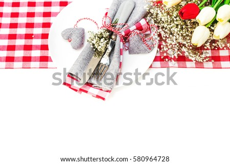 Table decoration with tulip for special festivities