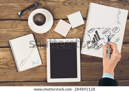 Tablet, woman, paper.