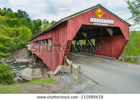 Taftsville Vermont Bridge on US Hwy 4 - stock photo