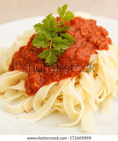 Tagliatelles with bolognese sauce