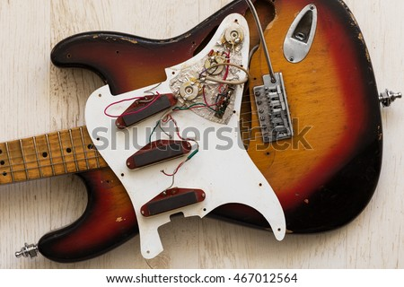 take apart electric guitar