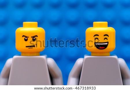 Lego Minifigure Head Smiling