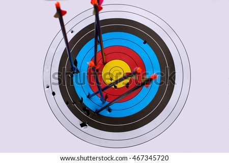 Target arrow Missed ,business concept of target marketing. Unsuccess  or Fail Goal symbol