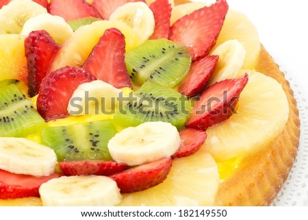 tart with cream and fresh fruit