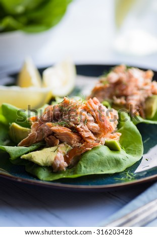 Tasty lettuce cups with smoked salmon and avocado