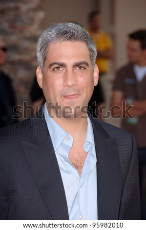 TAYLOR HICKS at the 2006 American Music Awards at the Shrine Auditorium, Los Angeles. November 21, 2006  Los Angeles, CA Picture: Paul Smith / Featureflash