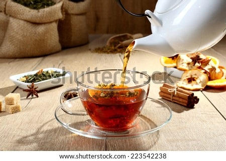 tea red with  fruit dry