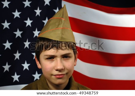 Teenager weared American historical uniform