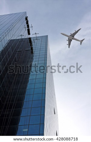 TEL AVIV, ISRAEL - FEBRUAR 12, 2010: Passenger plane comes in to land at Ben Gurion Airport near Tel Aviv