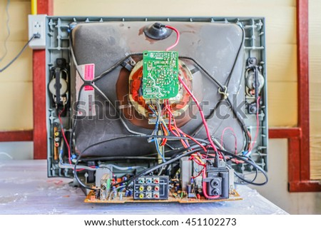 Television electronic repair