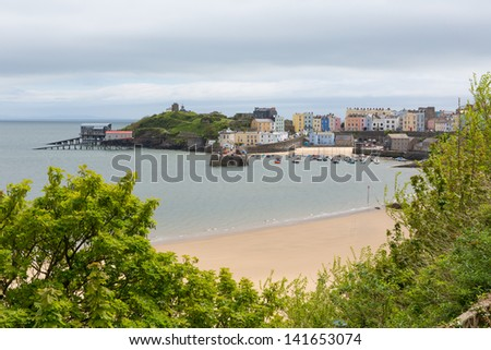 Tenby Pembrokeshire Wales, medieval walled fishing town on west side of Carmarthen Bay with great beaches and history. In Welsh known as Dinbych-y-pysgod.