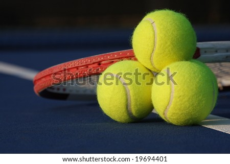 Tennis ball stack