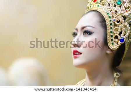Thai women in national costume11 - stock photo