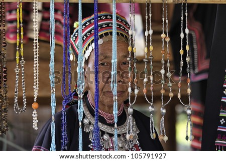 Thailand, Chiang Mai, Karen Long Neck hill tribe village (Kayan Lahwi), Karen woman in traditional costumes