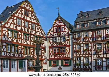 The central square of the Bernkastel city with a very beautiful historic half-timbered houses. Bernkastel-Kues is a well-known winegrowing centre on the Middle Moselle. - stock photo