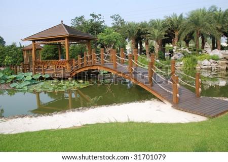 Chinese Wood Bridge Villa Lotus Pond Stock Photo 31701079 - Shutterstock