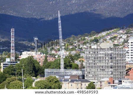 The construction of a building in Hobart town (Tasmania).