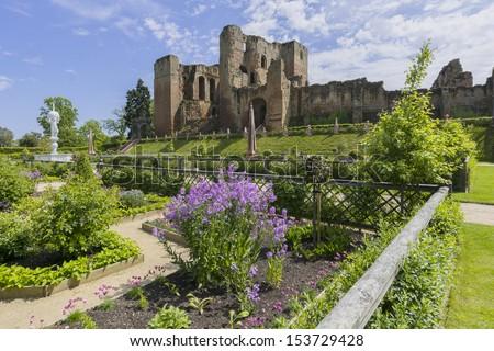 the elizabethan garden at kenilworth castle warwickshire the midlands england uk - stock photo