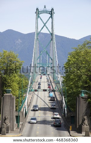 The entrance to Lion Gates Bridge in the city of Vancouver (British Columbia, Canada).