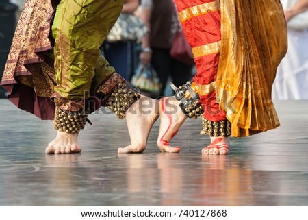 The feet of two Indian dancers