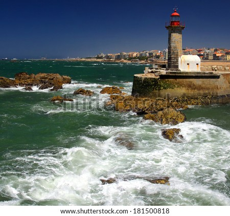The Felgueiras Lighthouse at Douro�s river mouth in Foz do Douro not far from Oporto - stock photo