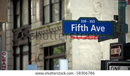 The fith Avenue sign