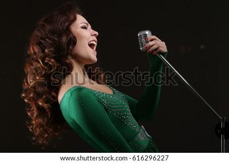 singing the girl retro - photo #36