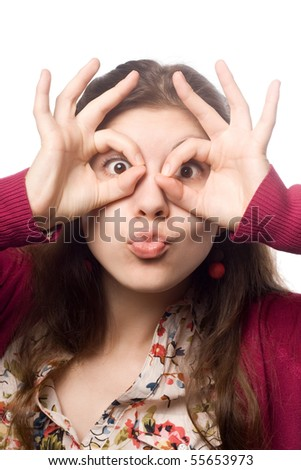 The girl simulating hands glasses.