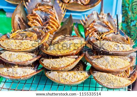 Horseshoe Crab Eating The Horseshoe Crab Eggs Are