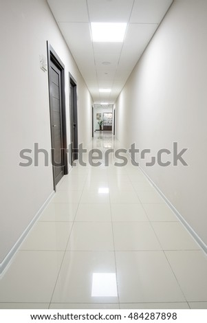 The image of an empty corridor