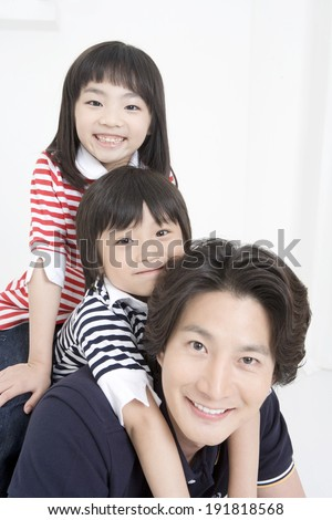 The image of smiling family in Korea,Asia