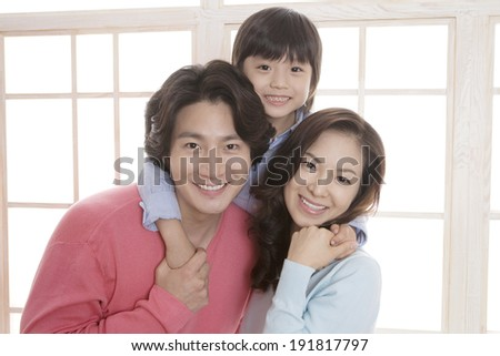The image of smiling Korean family