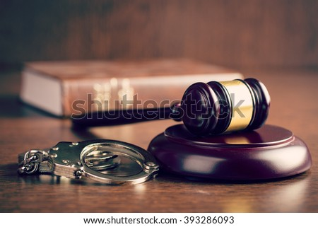 the judge gavel and handcuffs