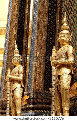 the kings palace in bangkok