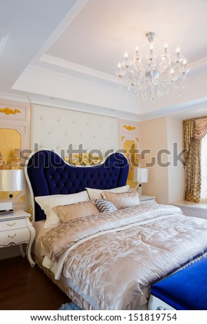 the luxury bedroom with nice decoration