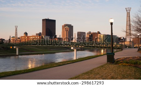 The Miami River travels along passing through Dayton Ohio