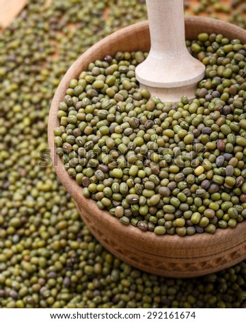 The mung bean in the wooden bowl