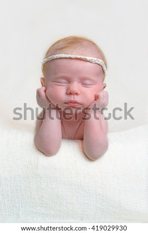 the newborn, the baby, the child, the kid, young frog, pose, hands, chin to think, thinks, sleeps, dreams to dream, dreams, the childhood, the birth, childbirth, motherhood, the ninth month,  - stock photo